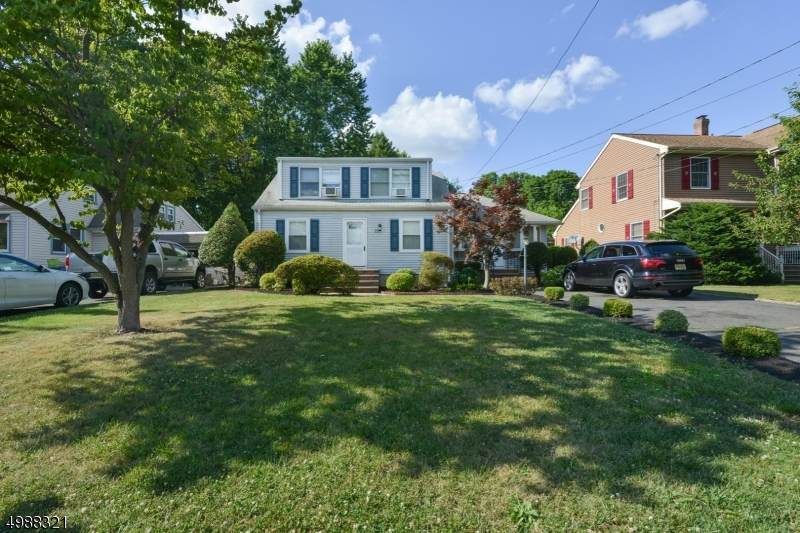 227 Rahway Ave - Photo 1