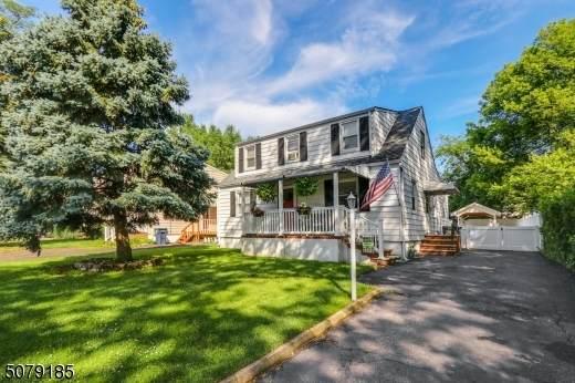 27 Alice Lane, Clark Twp., NJ 07066 (MLS #3719456) :: The Dekanski Home Selling Team