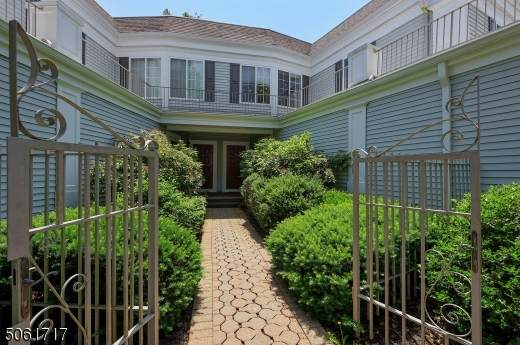 191 Riveredge Dr, Chatham Twp., NJ 07928 (MLS #3716913) :: SR Real Estate Group