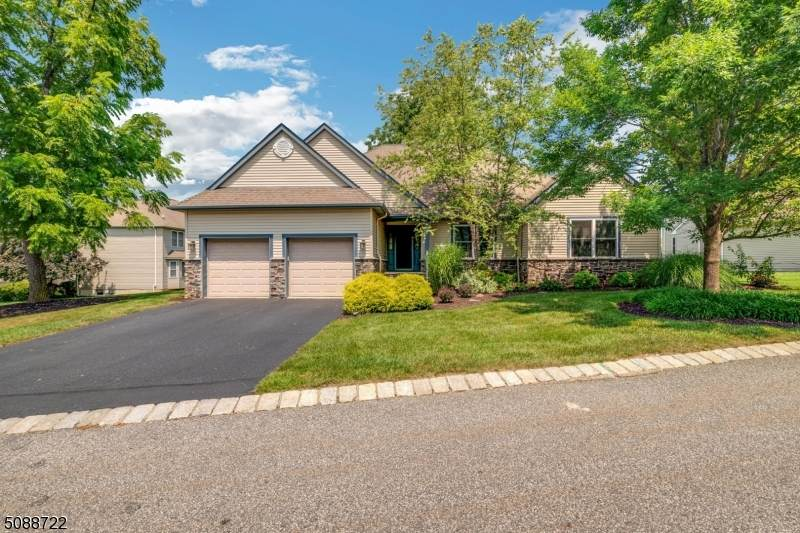 7 Witherwood Dr - Photo 1