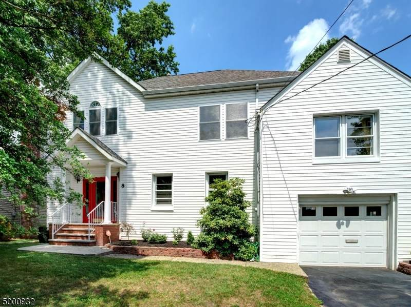 8 Mapes Ave - Photo 1