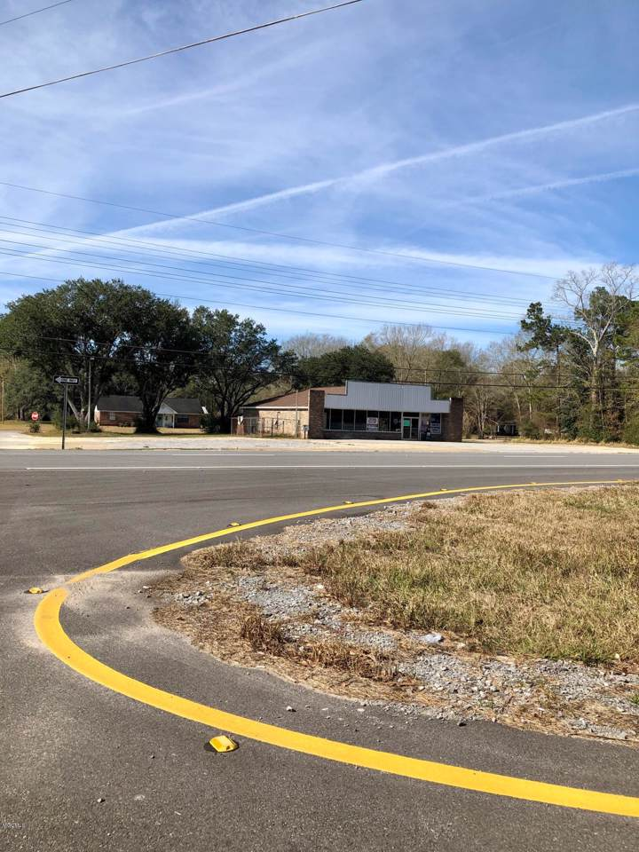 17311 Highway 63 - Photo 1