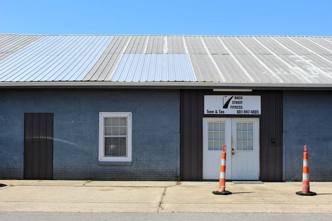 194 Commerce Street - Photo 1
