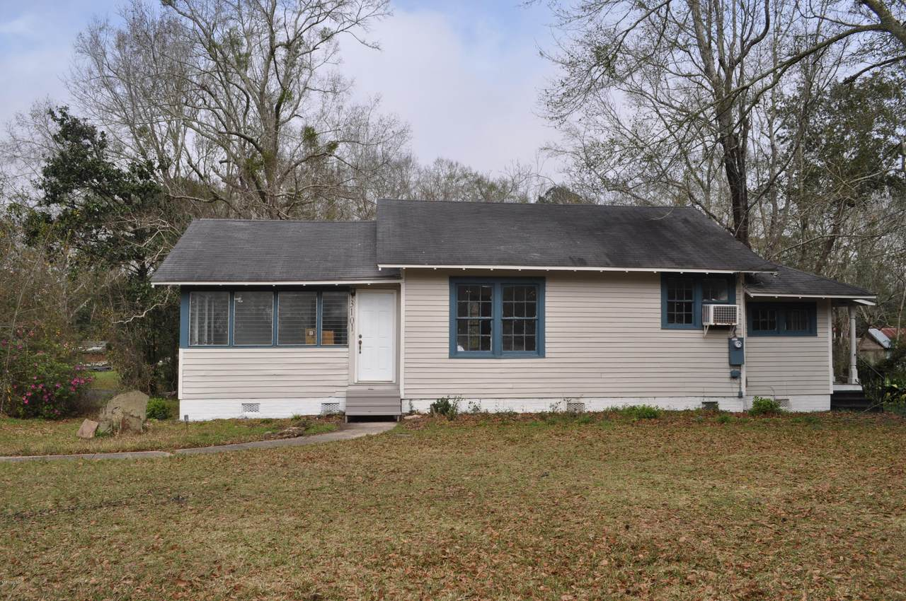 3101 Dantzler St - Photo 1