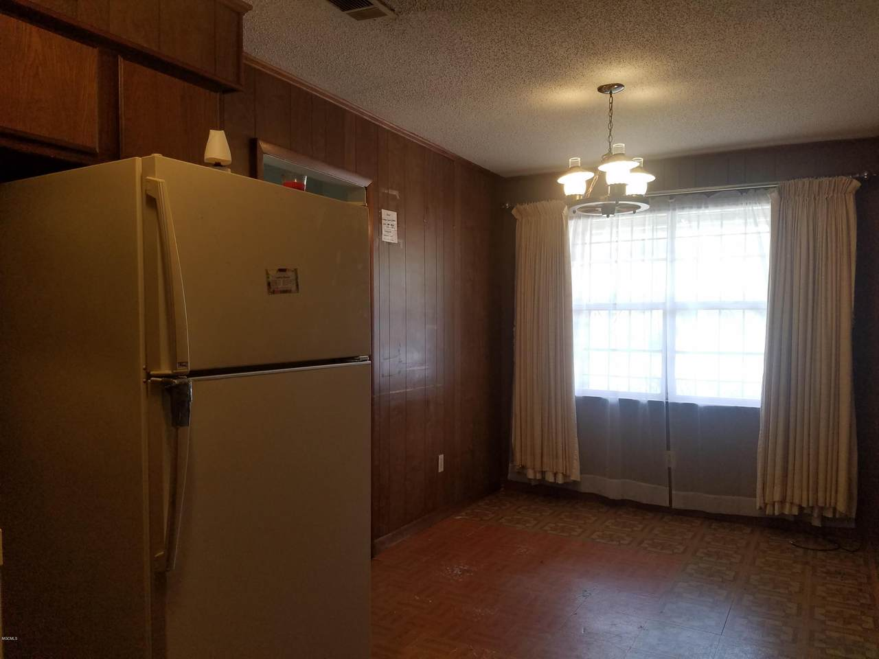 2320 33rd Ave - Photo 1