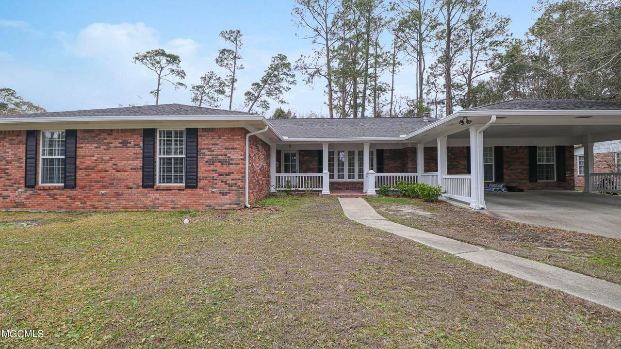 8 Bayou View Dr - Photo 1