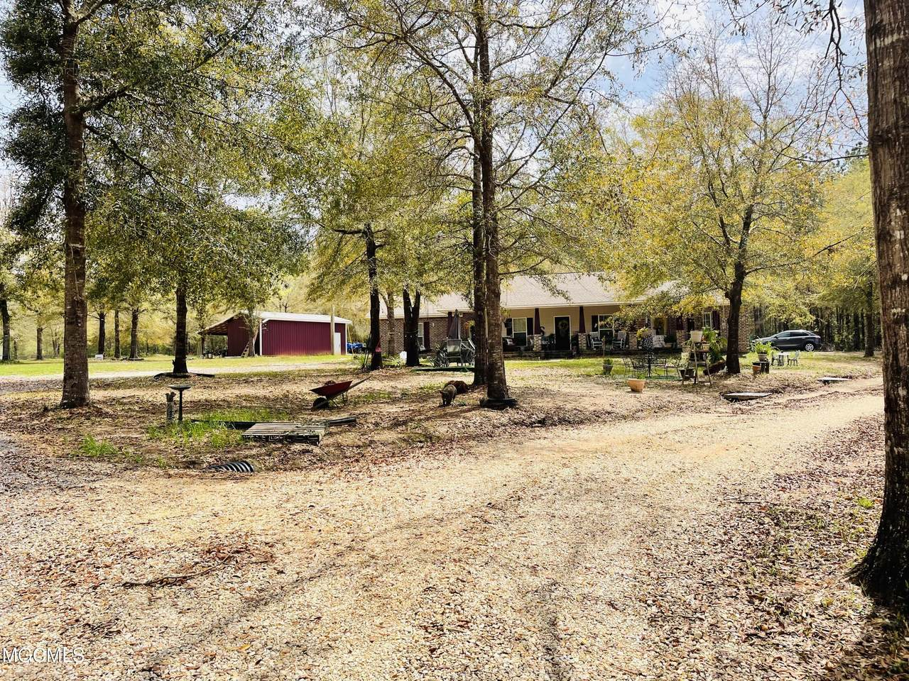 132b Horse Ranch Rd - Photo 1