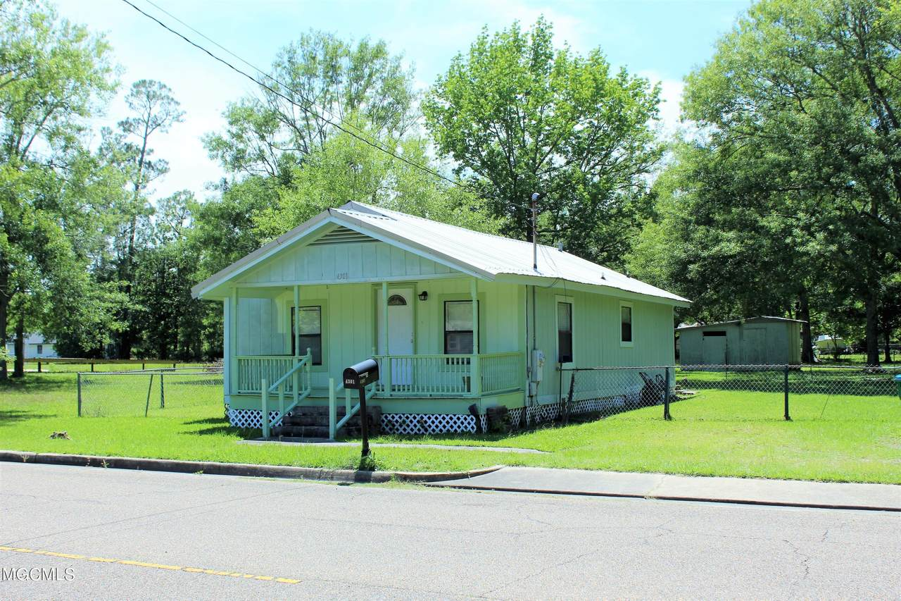 4301 Kreole Avenue - Photo 1
