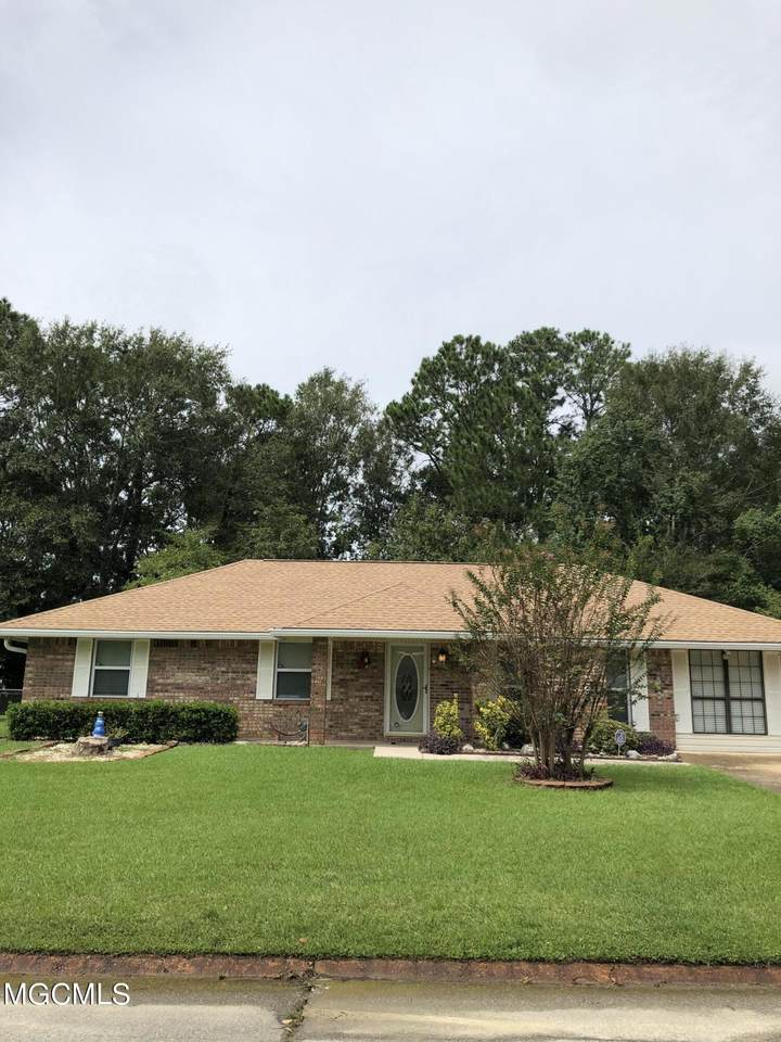 6609 Amherst Dr - Photo 1