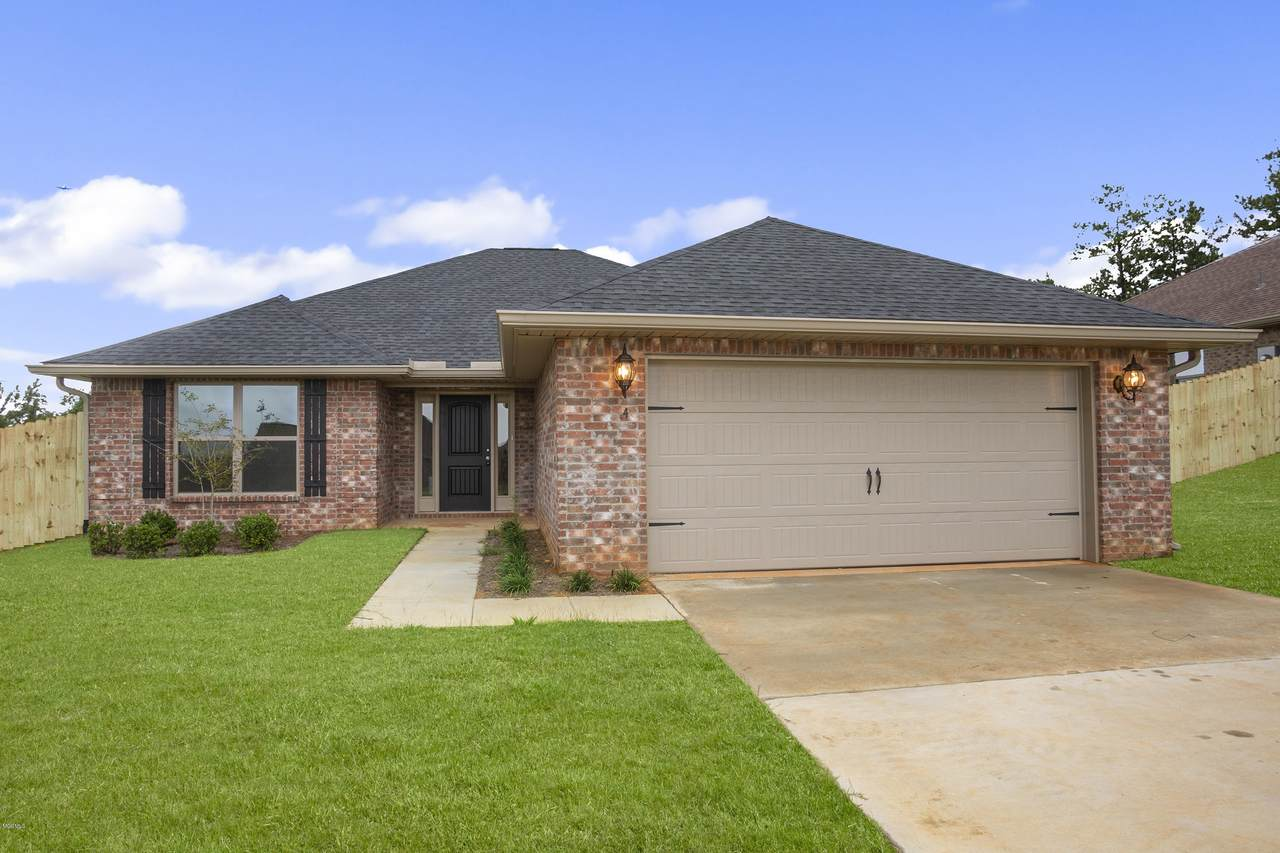 6 Summit View Dr - Photo 1