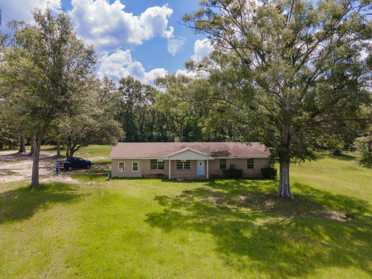 17409 Biloxi Cutoff Rd - Photo 1