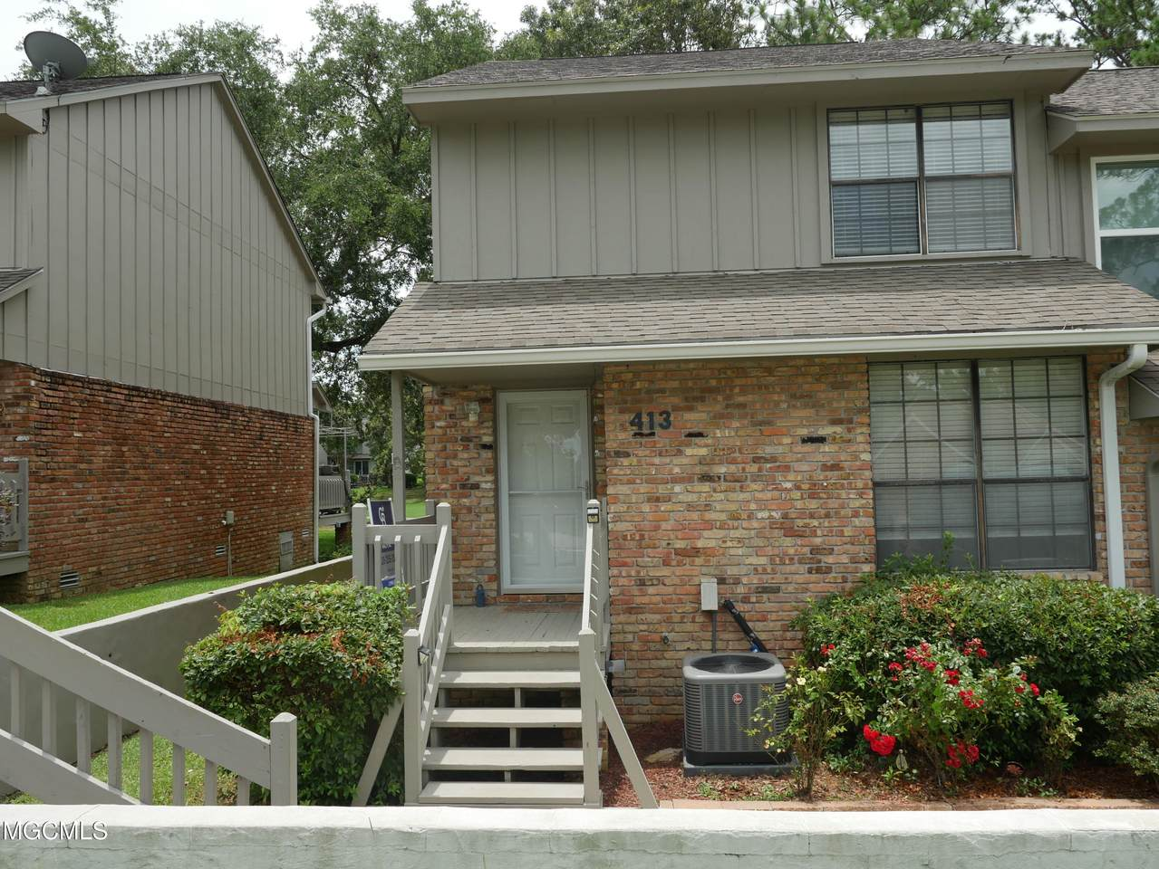 413 Highpoint Dr - Photo 1