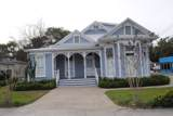 1007 Howard Ave - Photo 1