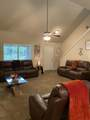 10442 Roundhill Dr - Photo 2