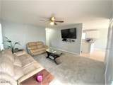 2318 15th Ave - Photo 4