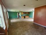 1806 42nd Ave - Photo 2