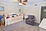 2553 Mercedes Dr - Photo 19