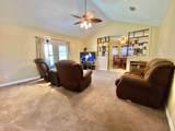 552 Royal Oak Dr - Photo 5