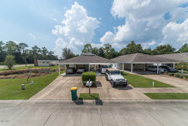 909 Greystone Dr 1A, Biloxi, MS 39532 (MLS #326187) :: Amanda & Associates at Coastal Realty Group