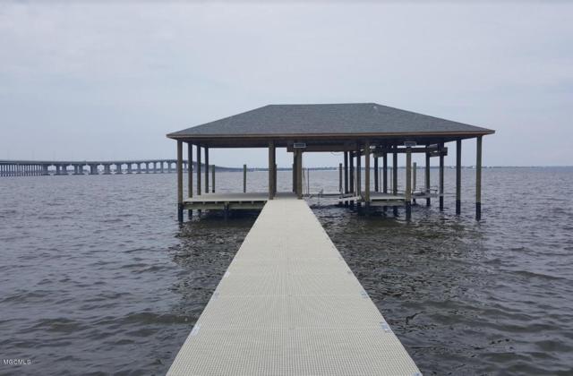 209 Sandy Hook Dr, Pass Christian, MS 39571 (MLS #326244) :: Amanda & Associates at Coastal Realty Group