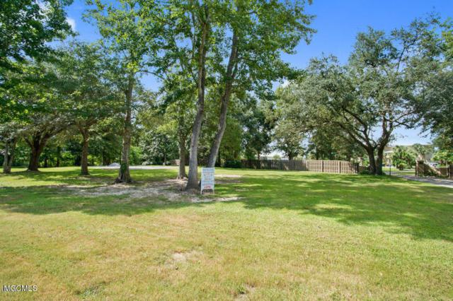 113 Spanish Point Rd, Ocean Springs, MS 39564 (MLS #338937) :: Amanda & Associates at Coastal Realty Group