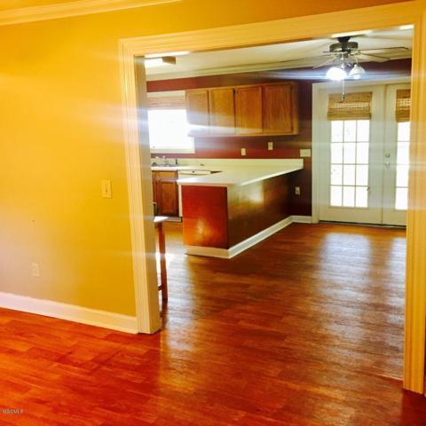 1302 NE 1st Ave., Magee, MS 39111 (MLS #341730) :: Amanda & Associates at Coastal Realty Group