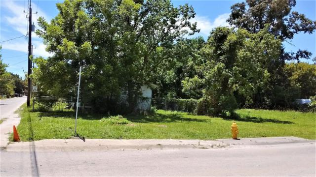 195 Lee St, Biloxi, MS 39530 (MLS #341925) :: Amanda & Associates at Coastal Realty Group