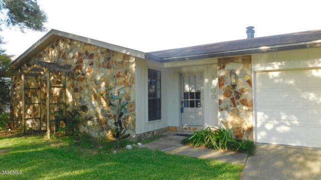 1700 Heidenheim St, Pascagoula, MS 39581 (MLS #343311) :: Amanda & Associates at Coastal Realty Group