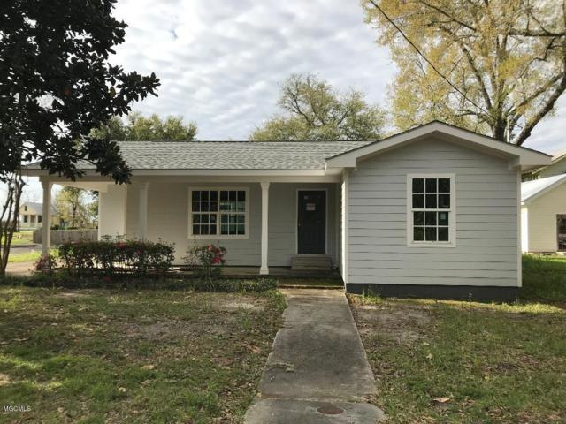120 Sycamore St, Bay St. Louis, MS 39520 (MLS #345128) :: Coastal Realty Group