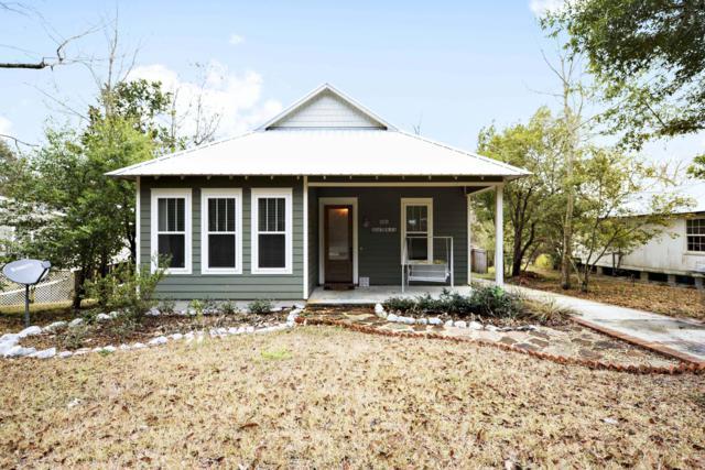 324 Magnolia Ave, Ocean Springs, MS 39564 (MLS #345968) :: Coastal Realty Group
