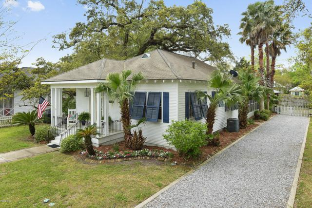 328 Main St, Bay St. Louis, MS 39520 (MLS #346198) :: Coastal Realty Group