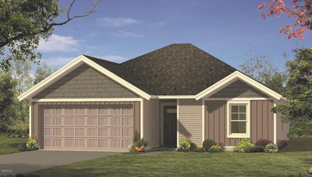 525 Oak St, Ocean Springs, MS 39564 (MLS #346513) :: Coastal Realty Group