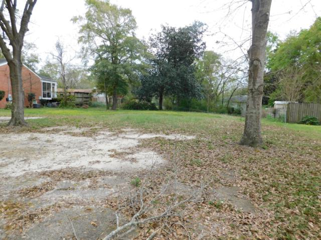 3900 Riverwood Dr, Moss Point, MS 39563 (MLS #346928) :: Berkshire Hathaway HomeServices Shaw Properties