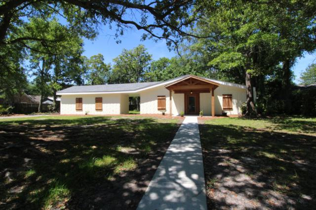 1009 Eastwood St, Pascagoula, MS 39567 (MLS #347084) :: Coastal Realty Group
