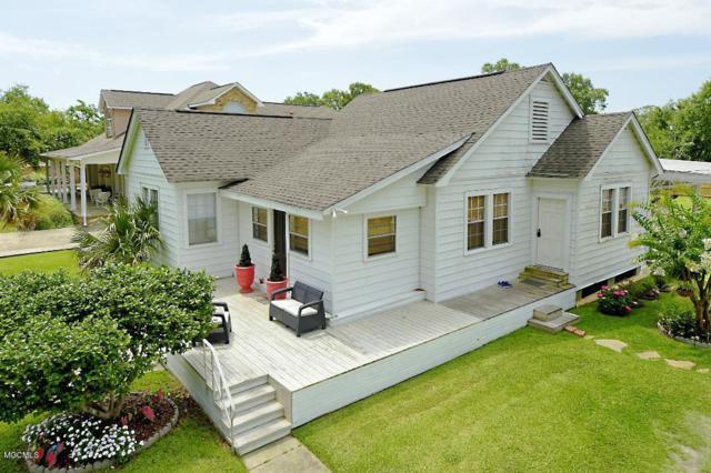 422 Carroll Ave, Bay St. Louis, MS 39520 (MLS #349476) :: Coastal Realty Group