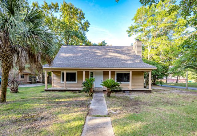 9513 Pointe Aux Chenes Rd, Ocean Springs, MS 39564 (MLS #349573) :: Coastal Realty Group