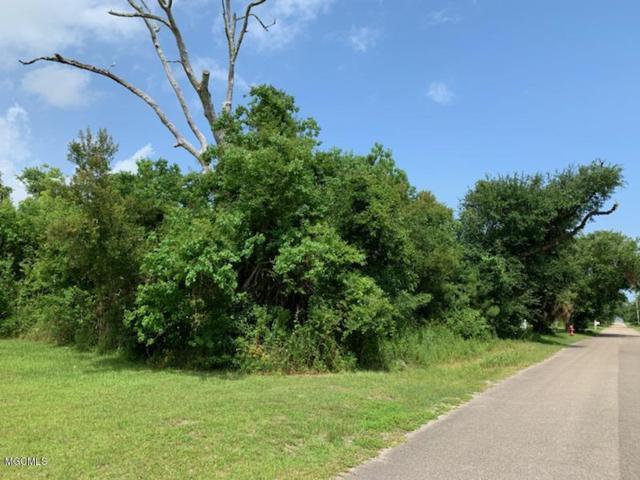 149 Burnett St, Bay St. Louis, MS 39520 (MLS #349991) :: Coastal Realty Group
