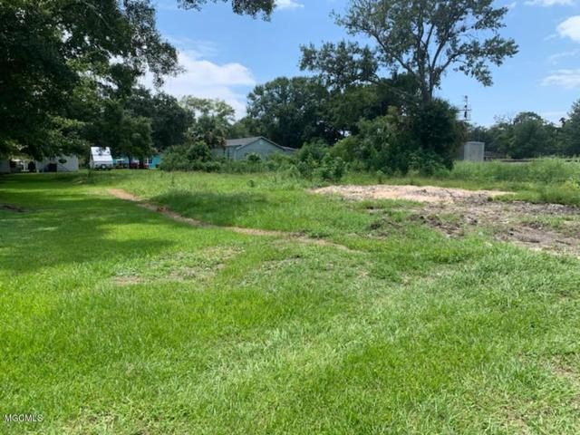 312 Sycamore St, Bay St. Louis, MS 39520 (MLS #351432) :: Coastal Realty Group