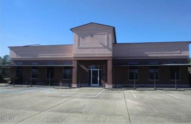 4505 Bienville Blvd, Ocean Springs, MS 39564 (MLS #355679) :: Coastal Realty Group