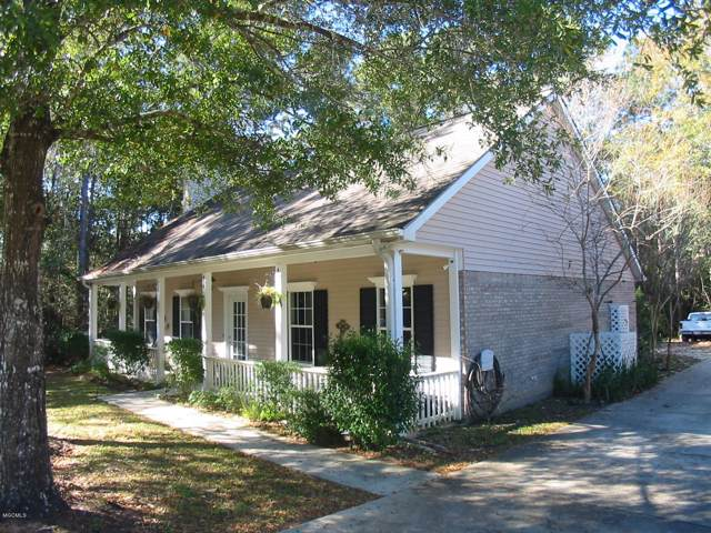 94187 Bayou Dr, Diamondhead, MS 39525 (MLS #356258) :: Coastal Realty Group