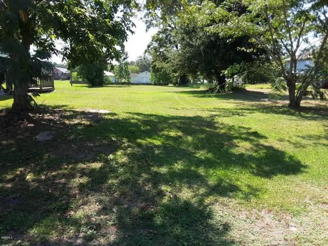 412 Richmond Dr, Biloxi, MS 39530 (MLS #357422) :: Coastal Realty Group