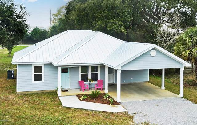 302 Union St, Bay St. Louis, MS 39520 (MLS #357542) :: Coastal Realty Group