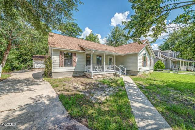 15201 Sunset Dr, Gulfport, MS 39503 (MLS #359054) :: Coastal Realty Group