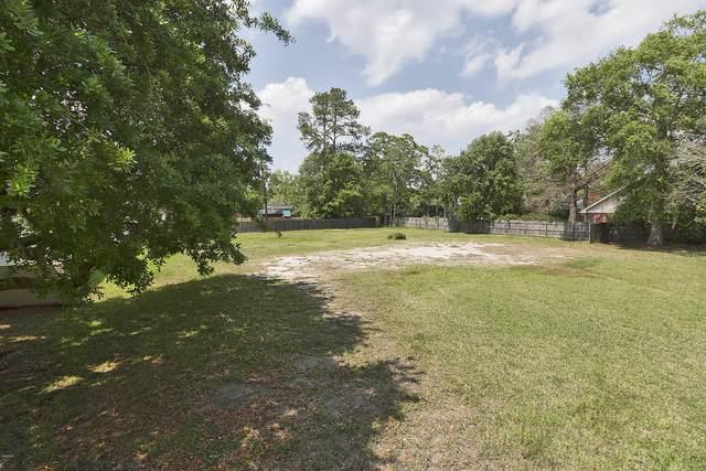 29 Bayou View Dr, Gulfport, MS 39507 (MLS #359964) :: Coastal Realty Group