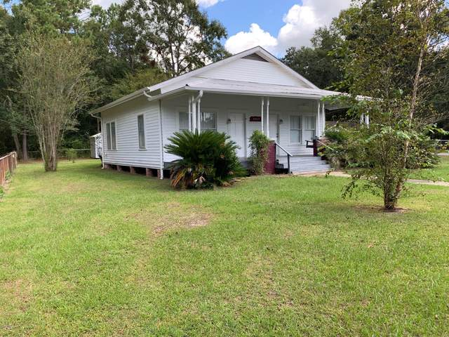 4607 Dutch Bayou Rd, Moss Point, MS 39563 (MLS #361342) :: Coastal Realty Group