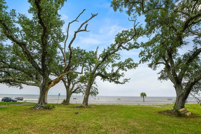 1303 E Beach Blvd, Pass Christian, MS 39571 (MLS #362388) :: Keller Williams MS Gulf Coast