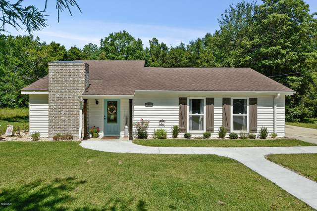 1017 Lincoln Dr, Bay St. Louis, MS 39520 (MLS #363190) :: Coastal Realty Group