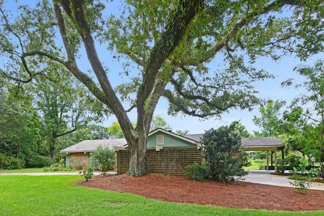 503 Nicholson Ave, Waveland, MS 39576 (MLS #364288) :: Berkshire Hathaway HomeServices Shaw Properties