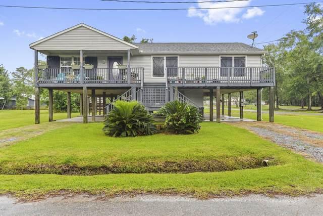 806 Villere St, Waveland, MS 39576 (MLS #364550) :: Coastal Realty Group