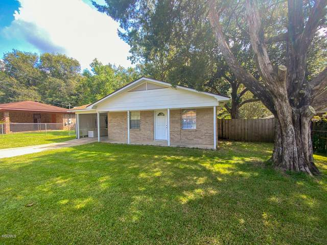 141 Woodland Dr, Lucedale, MS 39452 (MLS #366323) :: Keller Williams MS Gulf Coast